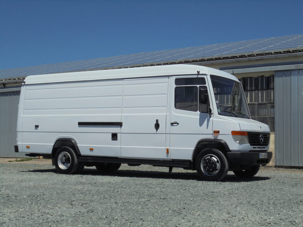 Mercedes Atego 1523 55 m3 4 places