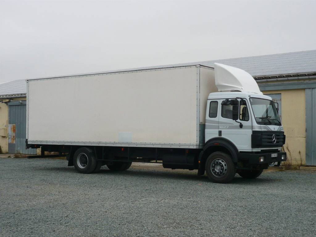 Mercedes 1827 SK 58 m3
