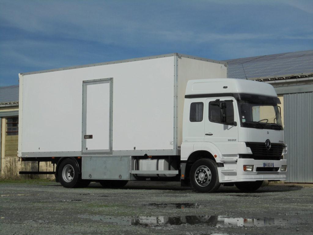 Mercedes 1833 53 m3