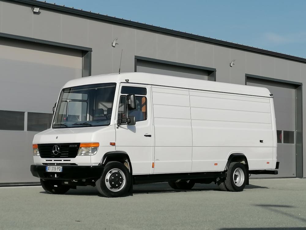 Mercedes 814 Vario double cabine 6 places