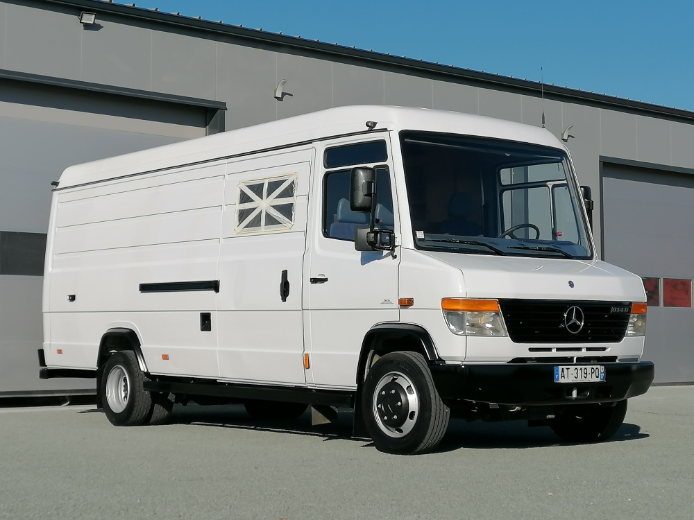 Mercedes 814 Vario double cabine 6 places