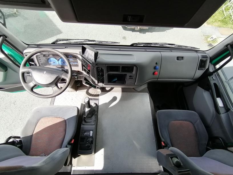 Renault Premium 420 DCI 6 places