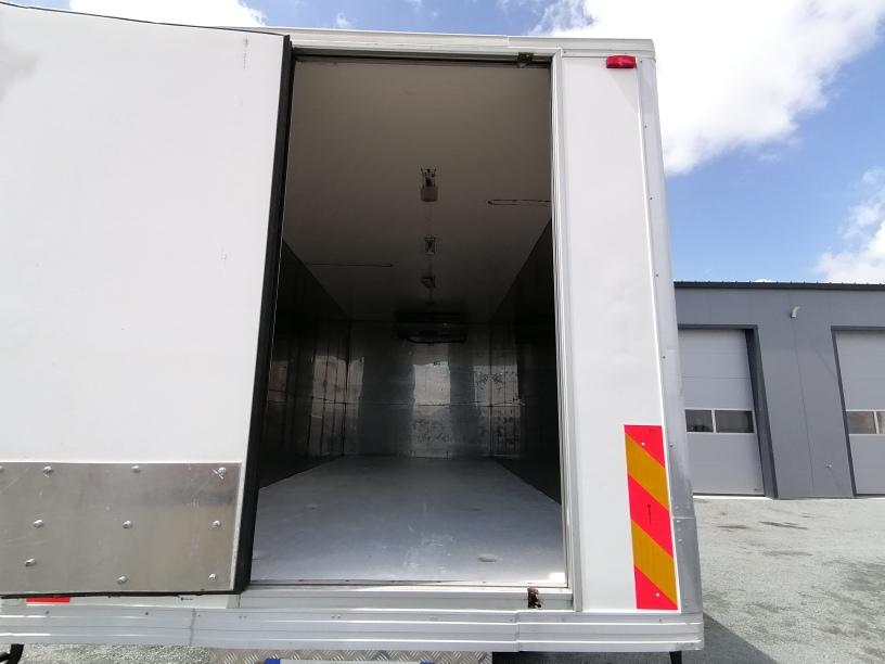 Mercedes 818 Atego 2 frigo